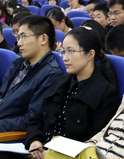 群文阅读心得_省宝中举行青年教师阅读交流会_翔宇教育集团