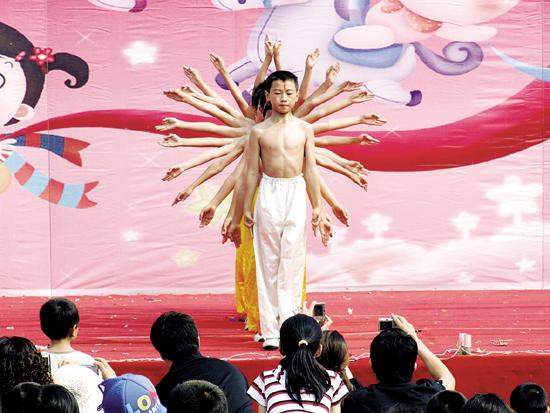 宝应中学:古筝曲《春江花月夜》